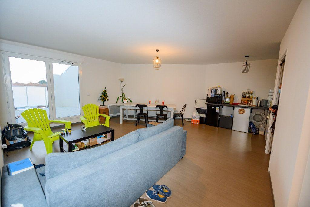 Appartement à vendre 4 83.46m2 à La Rochelle vignette-8