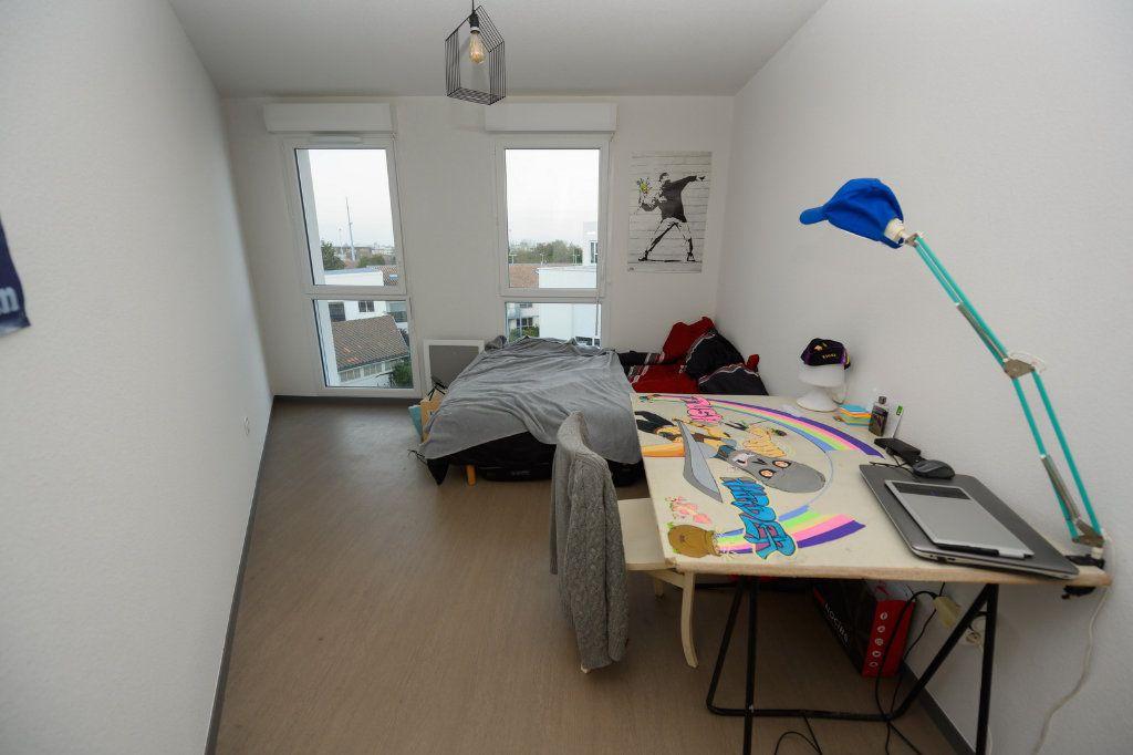 Appartement à vendre 4 83.46m2 à La Rochelle vignette-9