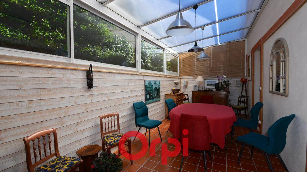 Maison à vendre 8 171m2 à La Rochelle vignette-7