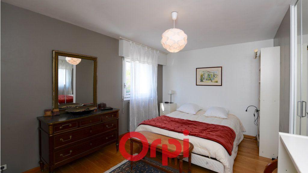 Maison à vendre 8 171m2 à La Rochelle vignette-8