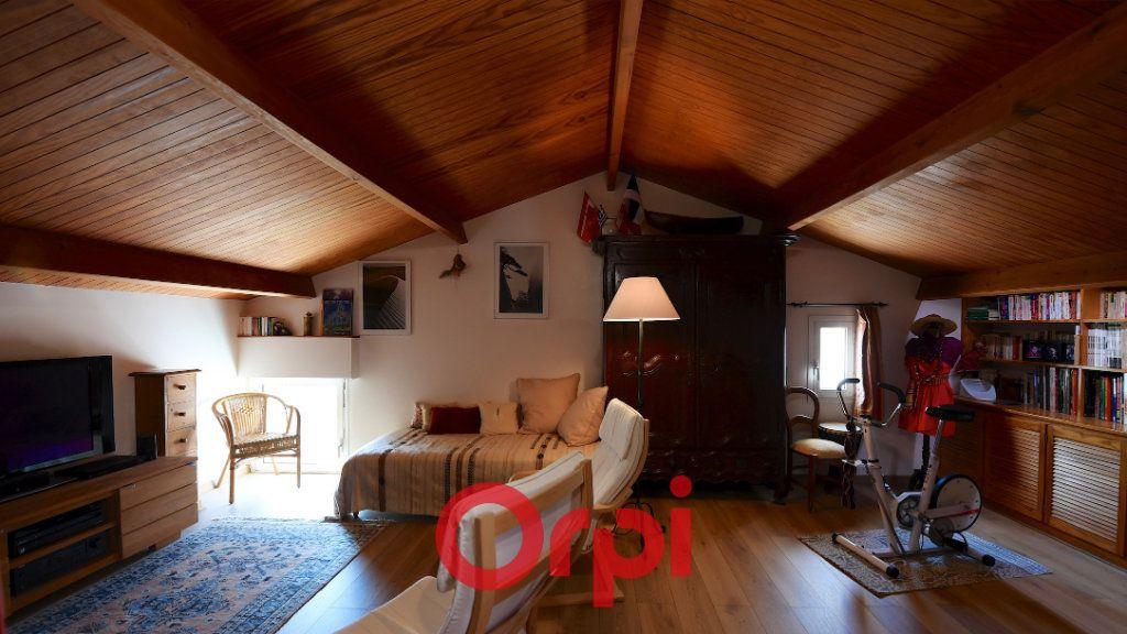 Maison à vendre 8 171m2 à La Rochelle vignette-9