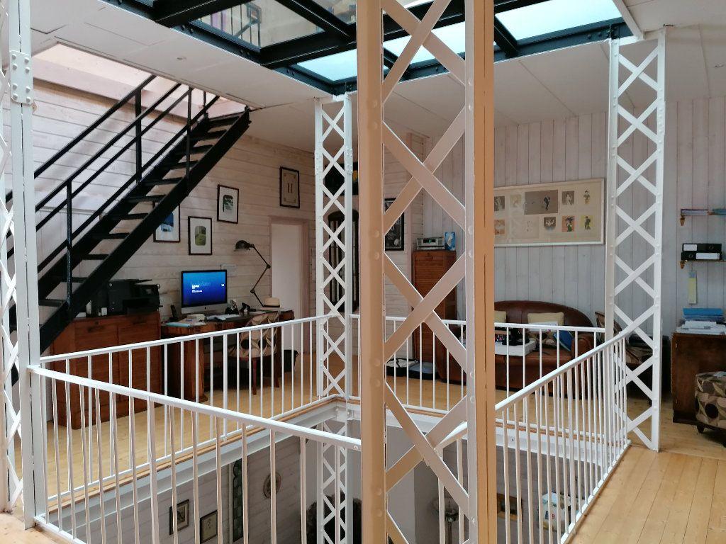 Appartement à vendre 5 177m2 à La Rochelle vignette-2