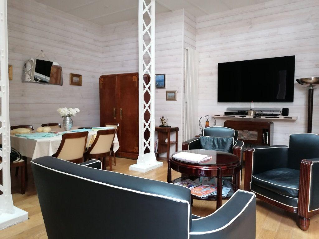 Appartement à vendre 5 177m2 à La Rochelle vignette-4