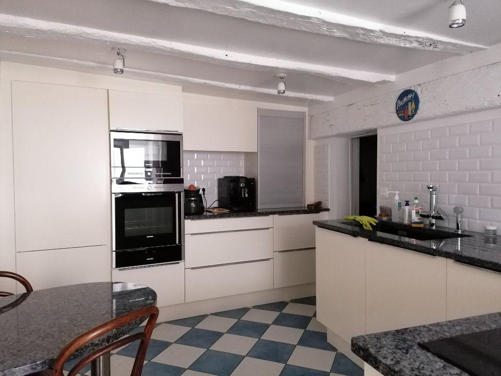 Appartement à vendre 5 177m2 à La Rochelle vignette-5