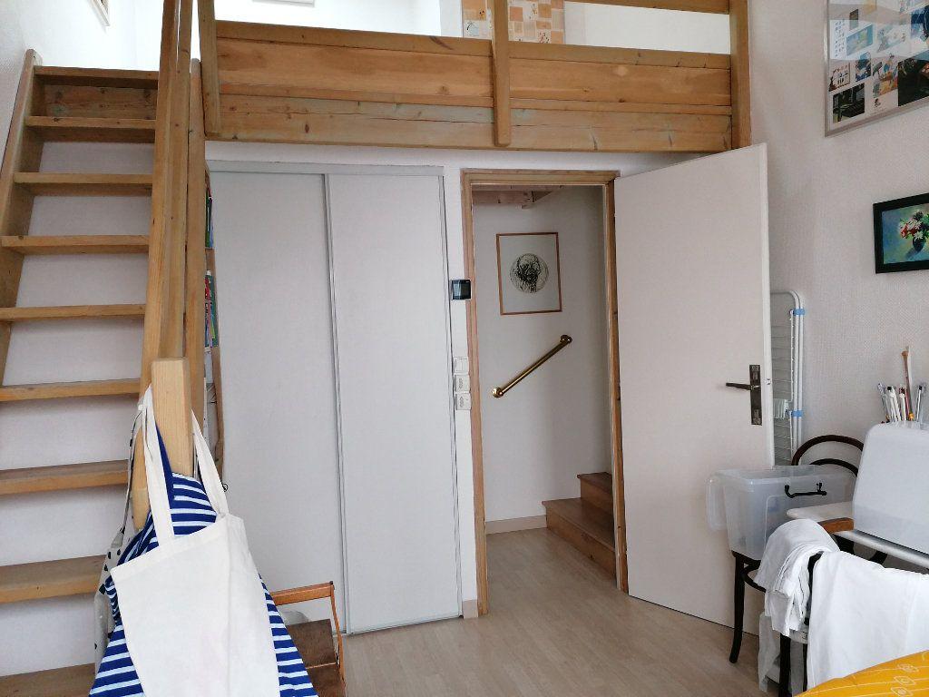 Appartement à vendre 5 177m2 à La Rochelle vignette-11
