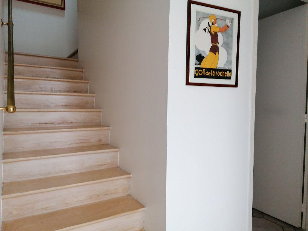 Appartement à vendre 5 177m2 à La Rochelle vignette-18