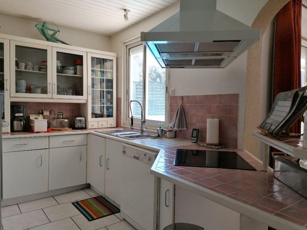 Maison à vendre 6 135m2 à La Rochelle vignette-7
