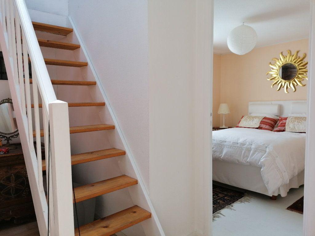 Maison à vendre 6 135m2 à La Rochelle vignette-9