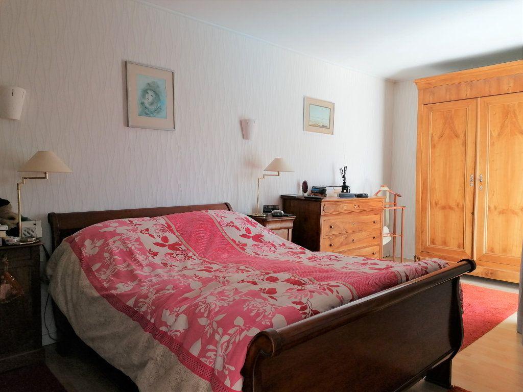 Maison à vendre 6 135m2 à La Rochelle vignette-12