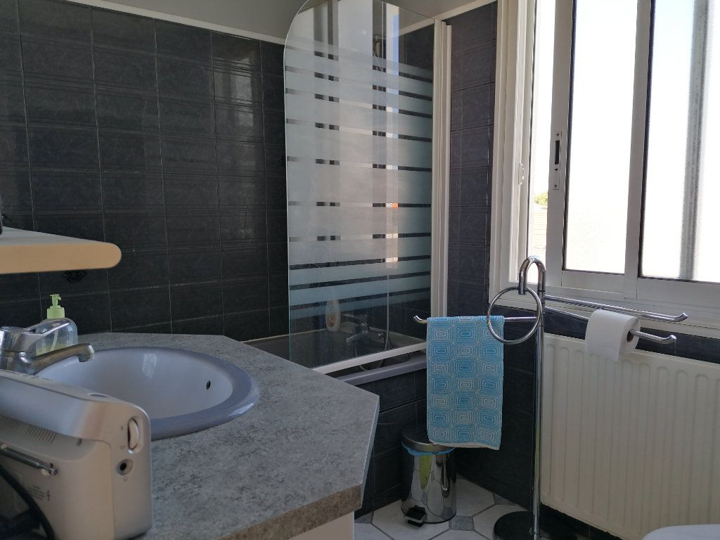 Maison à vendre 6 135m2 à La Rochelle vignette-14