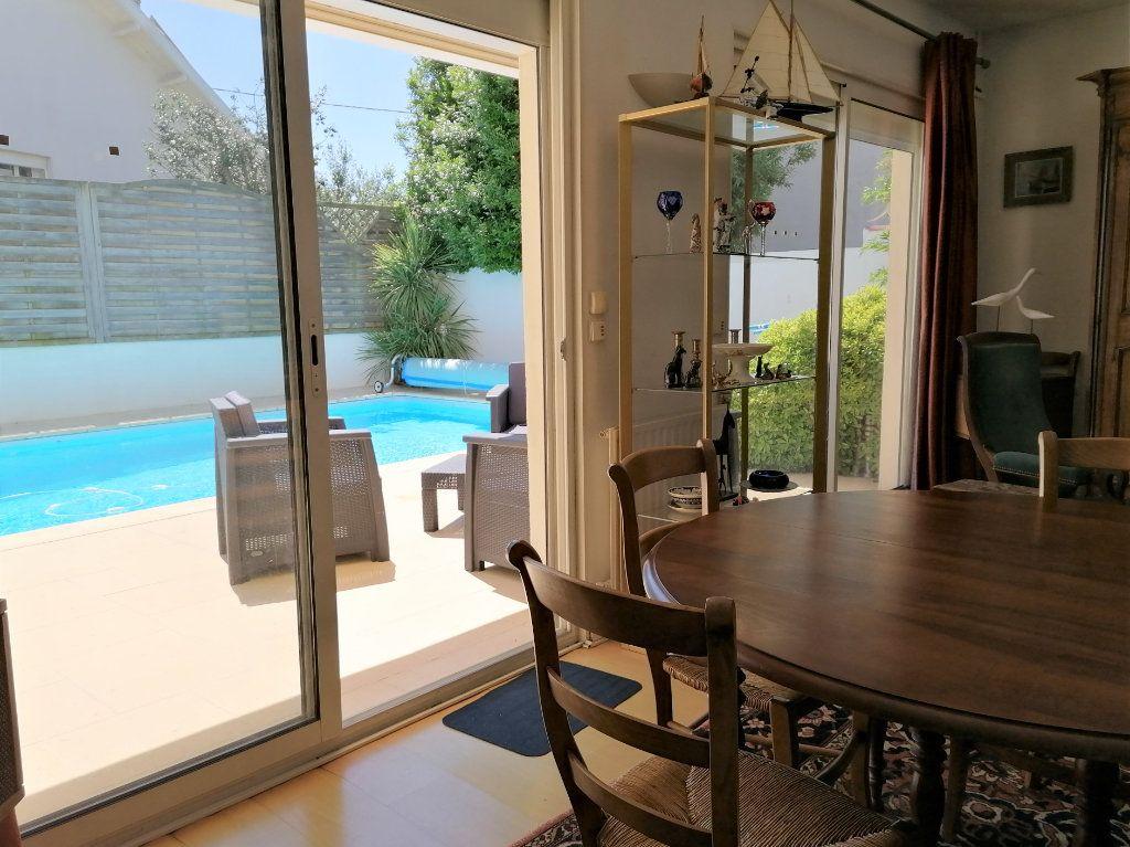 Maison à vendre 6 135m2 à La Rochelle vignette-15