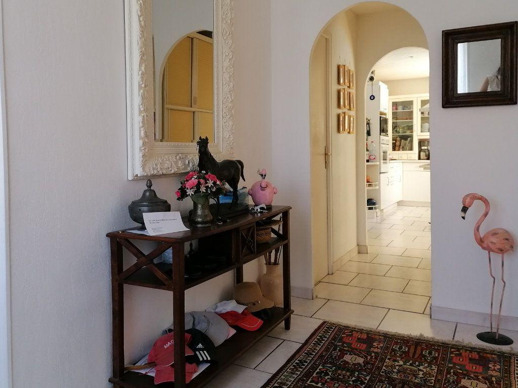 Maison à vendre 6 135m2 à La Rochelle vignette-18