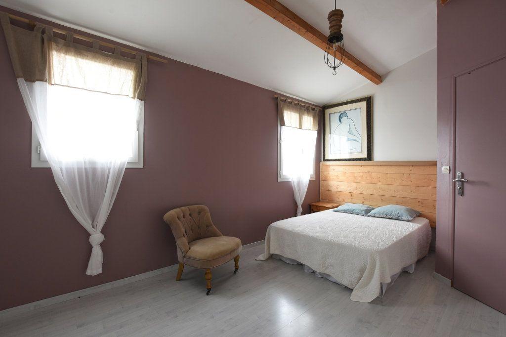 Maison à vendre 5 97.5m2 à La Couarde-sur-Mer vignette-5