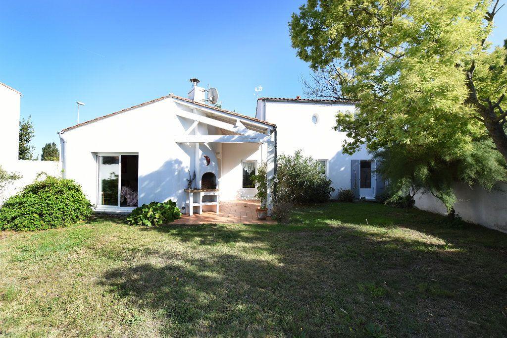 Maison à vendre 4 90m2 à Les Portes-en-Ré vignette-2