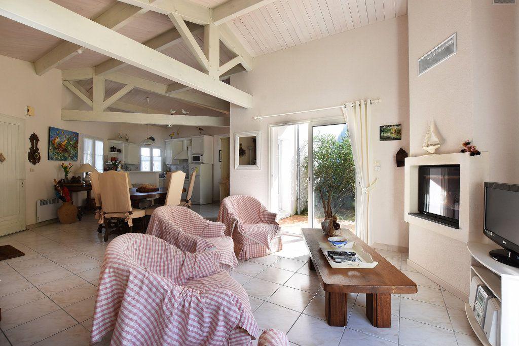 Maison à vendre 4 90m2 à Les Portes-en-Ré vignette-5