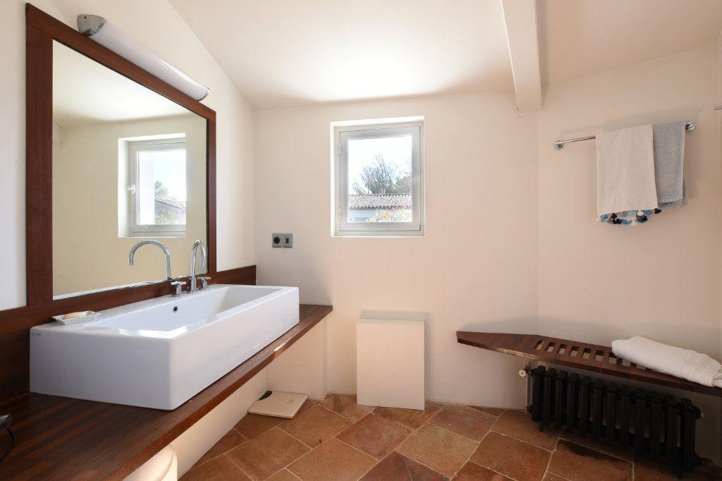 Maison à vendre 9 204.85m2 à Les Portes-en-Ré vignette-12