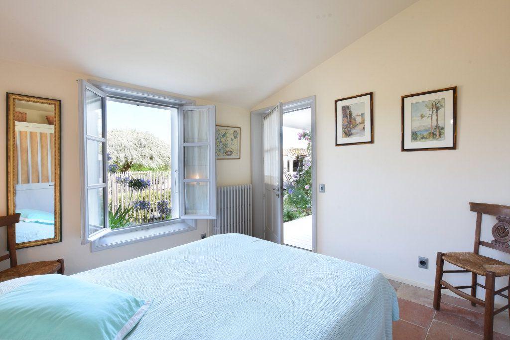 Maison à vendre 9 204.85m2 à Les Portes-en-Ré vignette-13