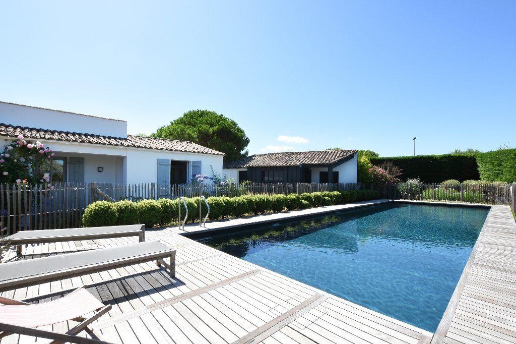 Maison à vendre 9 204.85m2 à Les Portes-en-Ré vignette-16