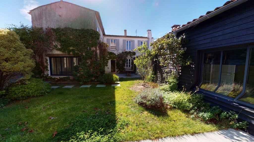 Maison à vendre 6 160m2 à La Couarde-sur-Mer vignette-2