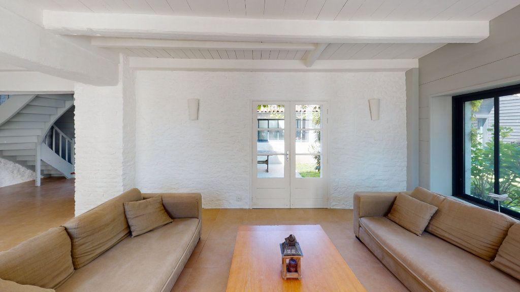 Maison à vendre 6 160m2 à La Couarde-sur-Mer vignette-8
