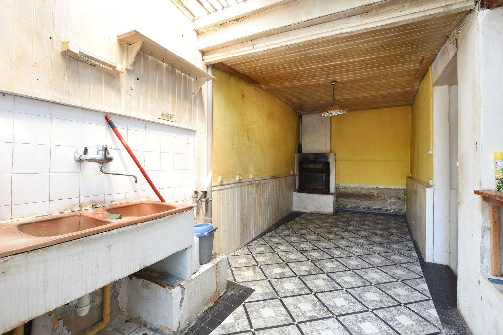 Maison à vendre 5 100m2 à Le Bois-Plage-en-Ré vignette-7