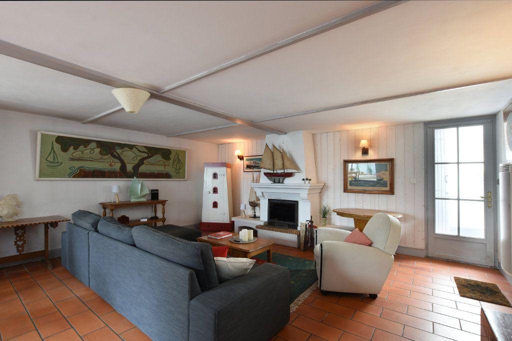 Maison à vendre 6 110m2 à Les Portes-en-Ré vignette-4