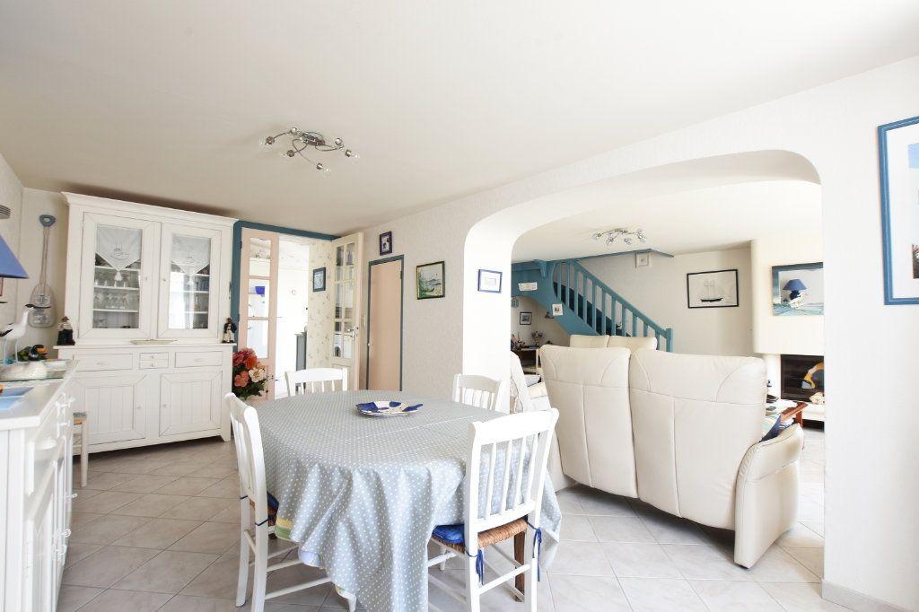 Maison à vendre 5 95.25m2 à La Couarde-sur-Mer vignette-4