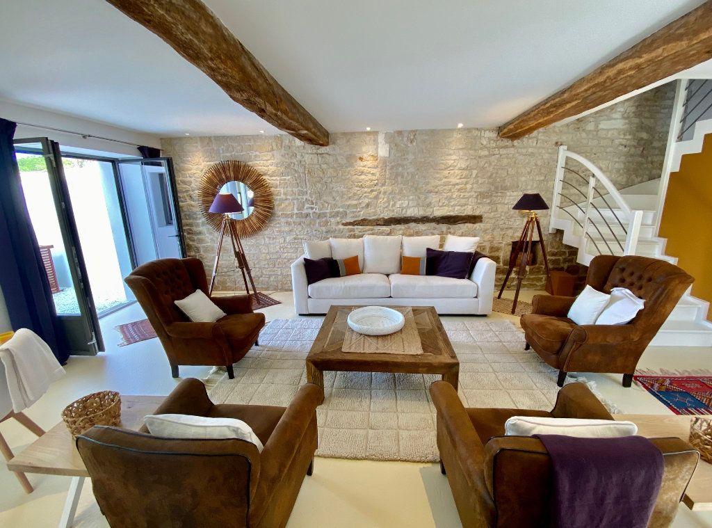 Maison à vendre 7 175m2 à Sainte-Marie-de-Ré vignette-2