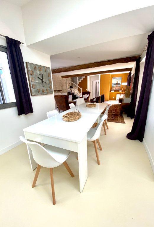Maison à vendre 7 175m2 à Sainte-Marie-de-Ré vignette-3