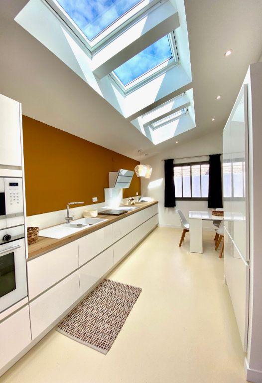 Maison à vendre 7 175m2 à Sainte-Marie-de-Ré vignette-4