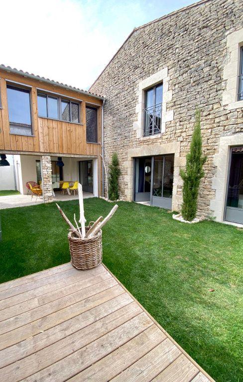 Maison à vendre 7 175m2 à Sainte-Marie-de-Ré vignette-12