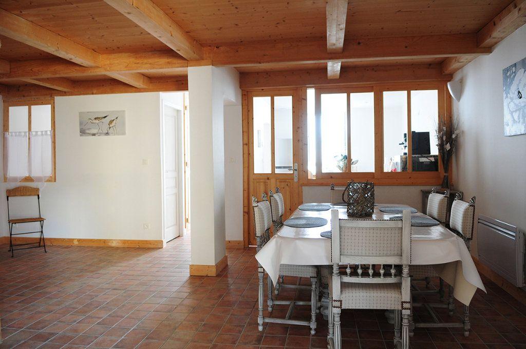 Maison à vendre 5 99m2 à La Couarde-sur-Mer vignette-5