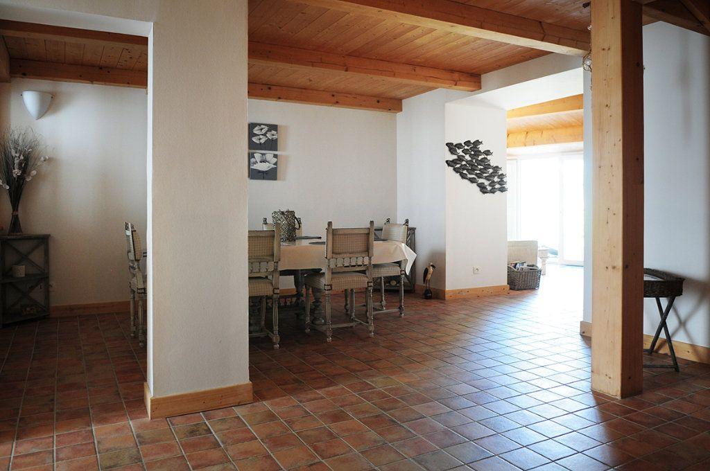 Maison à vendre 5 99m2 à La Couarde-sur-Mer vignette-6