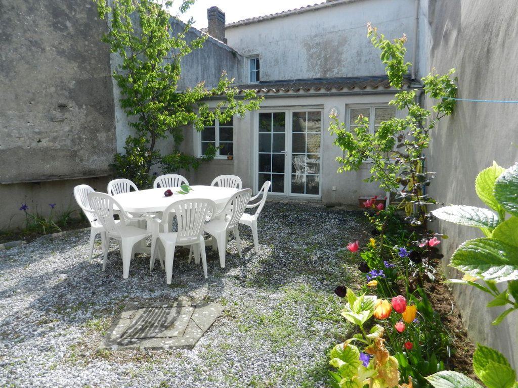 Maison à vendre 5 99m2 à La Couarde-sur-Mer vignette-14