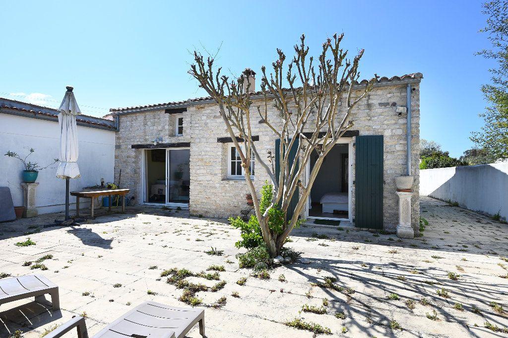 Maison à vendre 5 148.43m2 à Les Portes-en-Ré vignette-2
