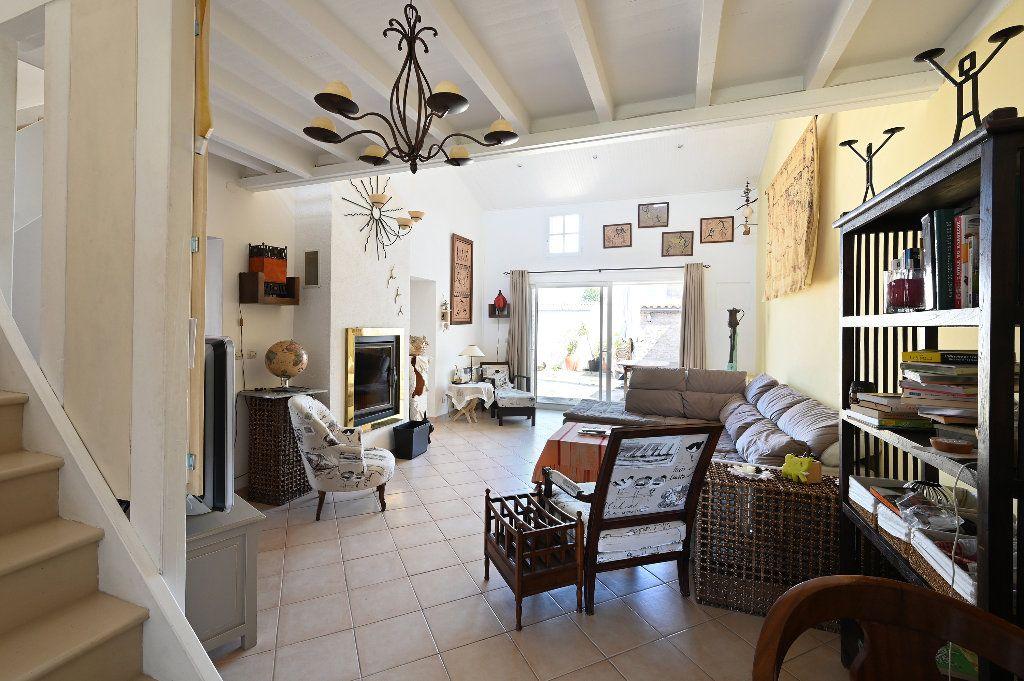 Maison à vendre 5 148.43m2 à Les Portes-en-Ré vignette-5