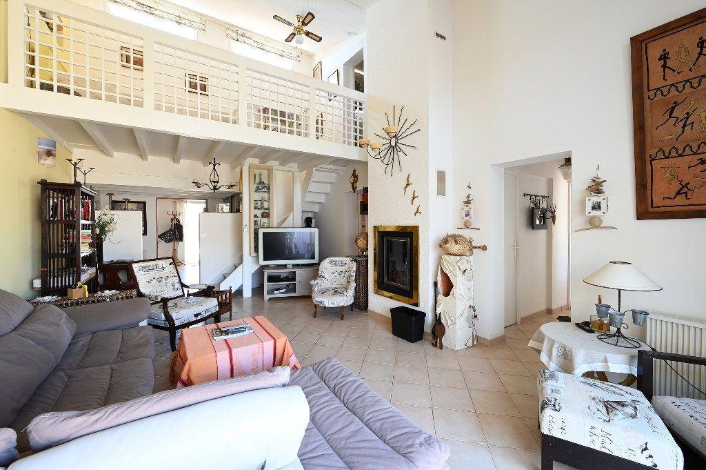 Maison à vendre 5 148.43m2 à Les Portes-en-Ré vignette-6