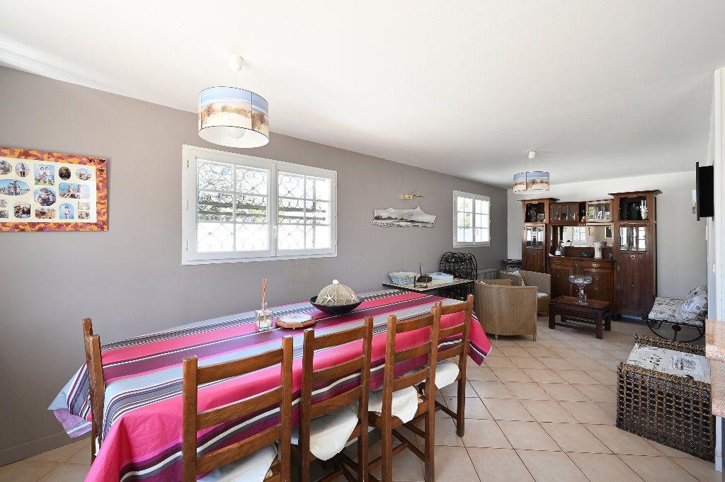 Maison à vendre 5 148.43m2 à Les Portes-en-Ré vignette-8