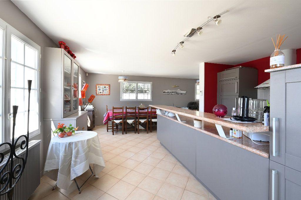 Maison à vendre 5 148.43m2 à Les Portes-en-Ré vignette-11