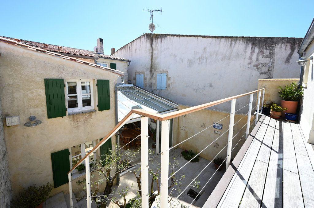 Maison à vendre 7 162.5m2 à Saint-Martin-de-Ré vignette-10