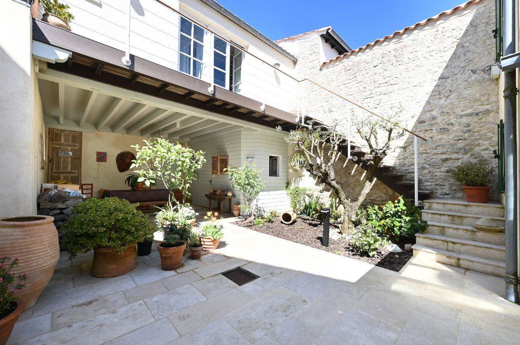 Maison à vendre 7 162.5m2 à Saint-Martin-de-Ré vignette-11