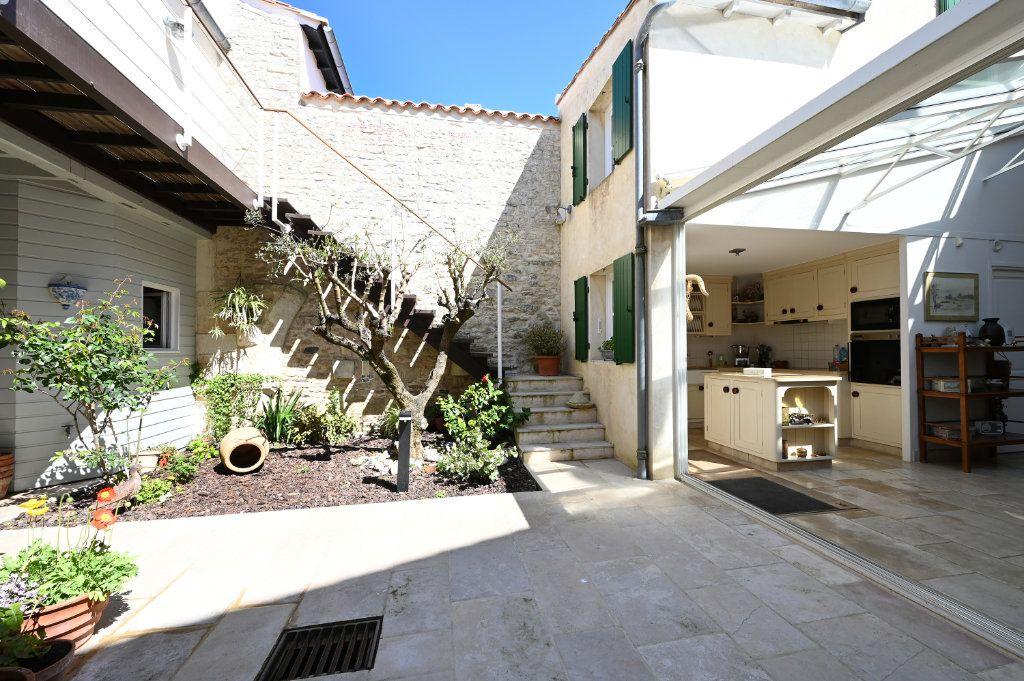 Maison à vendre 7 162.5m2 à Saint-Martin-de-Ré vignette-12