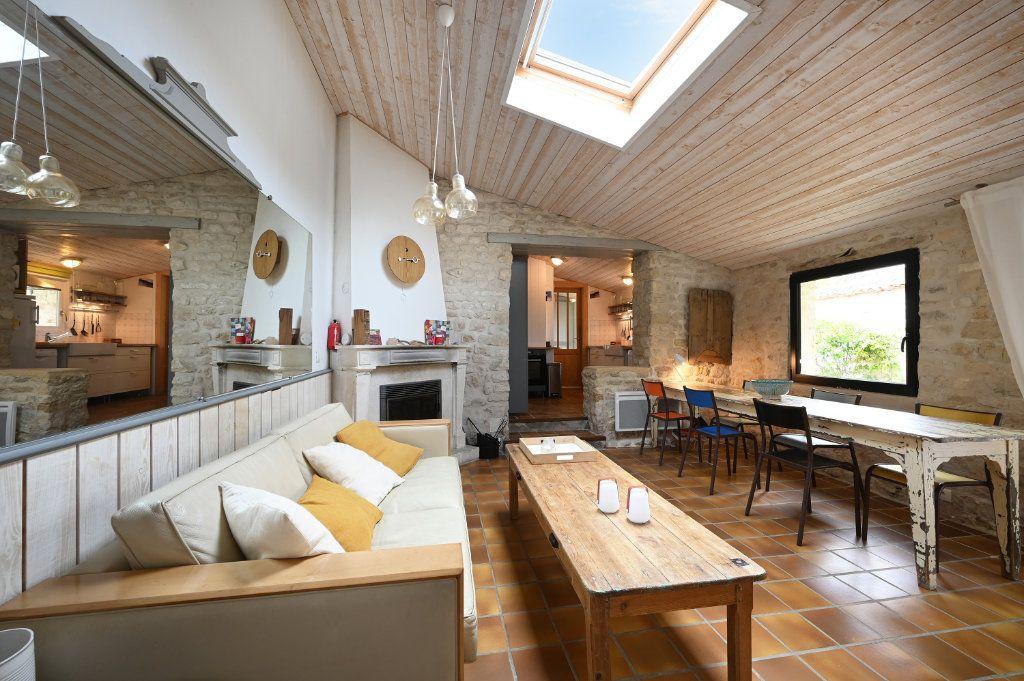 Maison à vendre 5 97m2 à Ars-en-Ré vignette-6