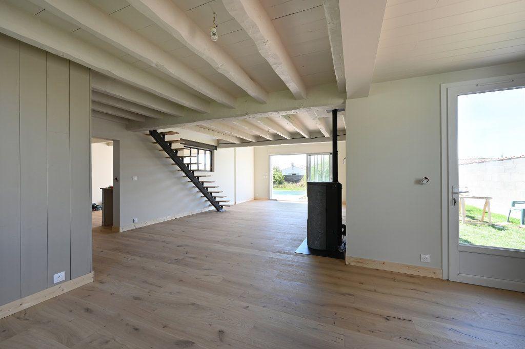 Maison à vendre 6 230m2 à Sainte-Marie-de-Ré vignette-3