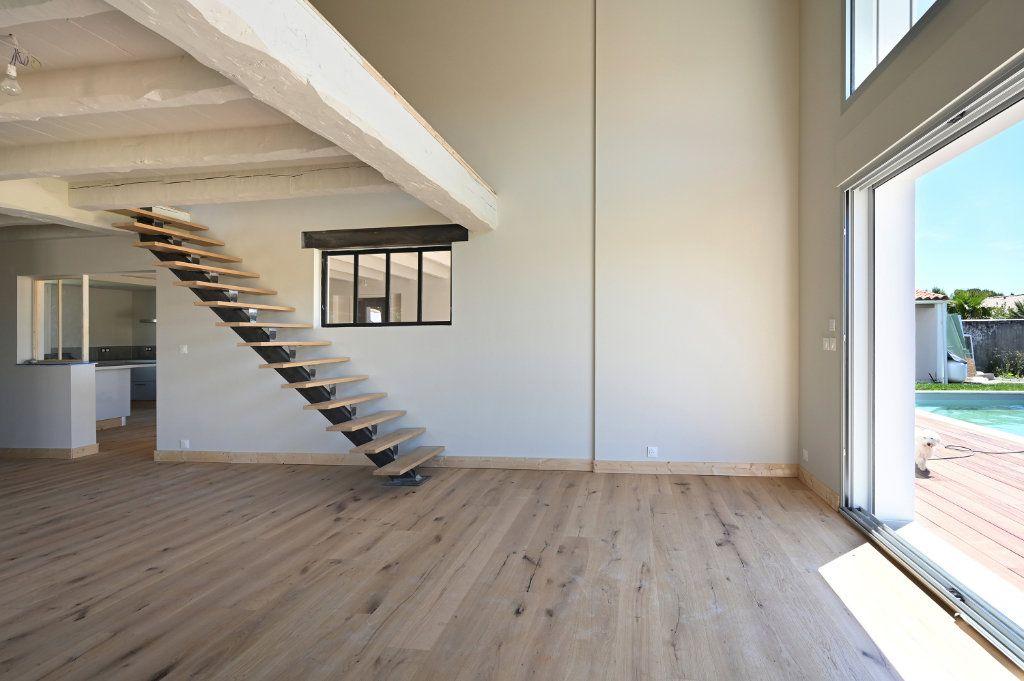 Maison à vendre 6 230m2 à Sainte-Marie-de-Ré vignette-5