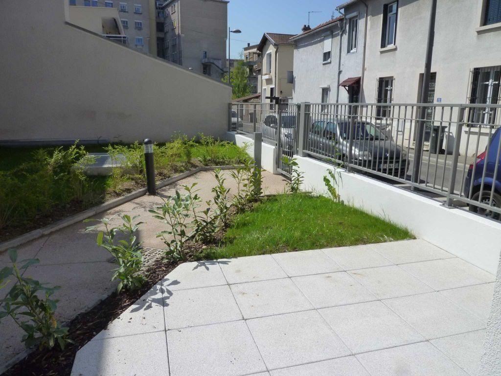 Appartement à louer 2 44.47m2 à Lyon 3 vignette-6