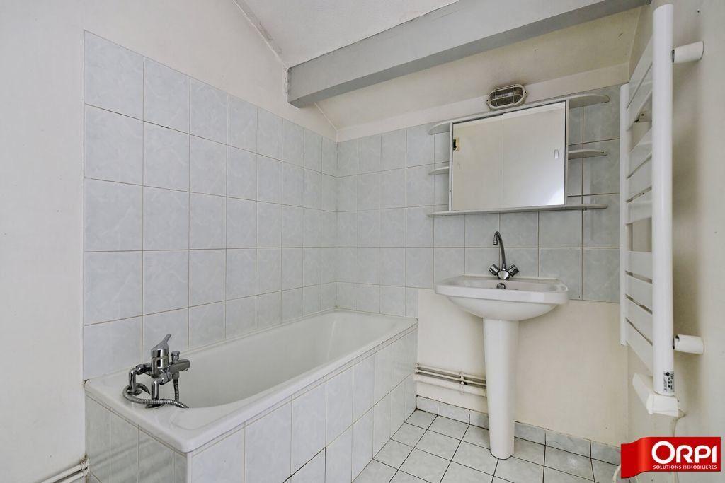 Appartement à louer 1 24.86m2 à Lyon 8 vignette-7
