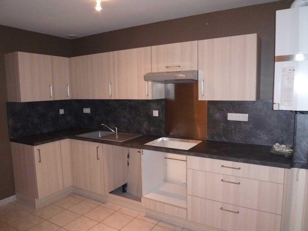 Appartement à louer 4 82.14m2 à Saint-Bonnet-de-Mure vignette-4