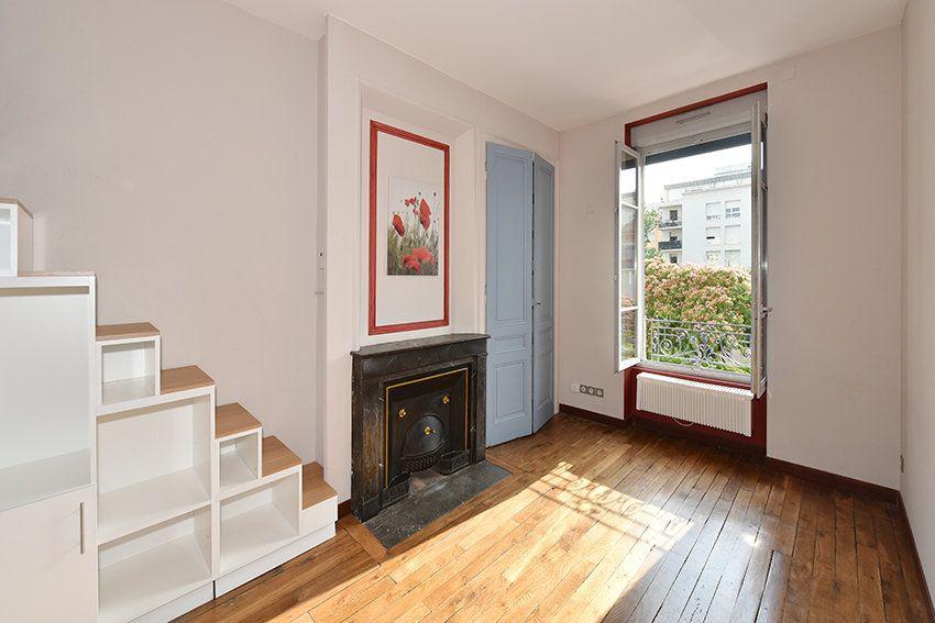 Appartement à louer 2 40.88m2 à Lyon 6 vignette-1