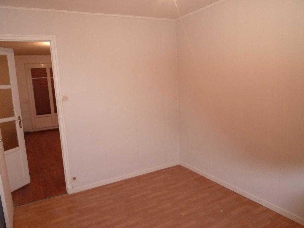 Appartement à louer 3 56.72m2 à Villeurbanne vignette-6